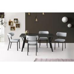 Leva Table